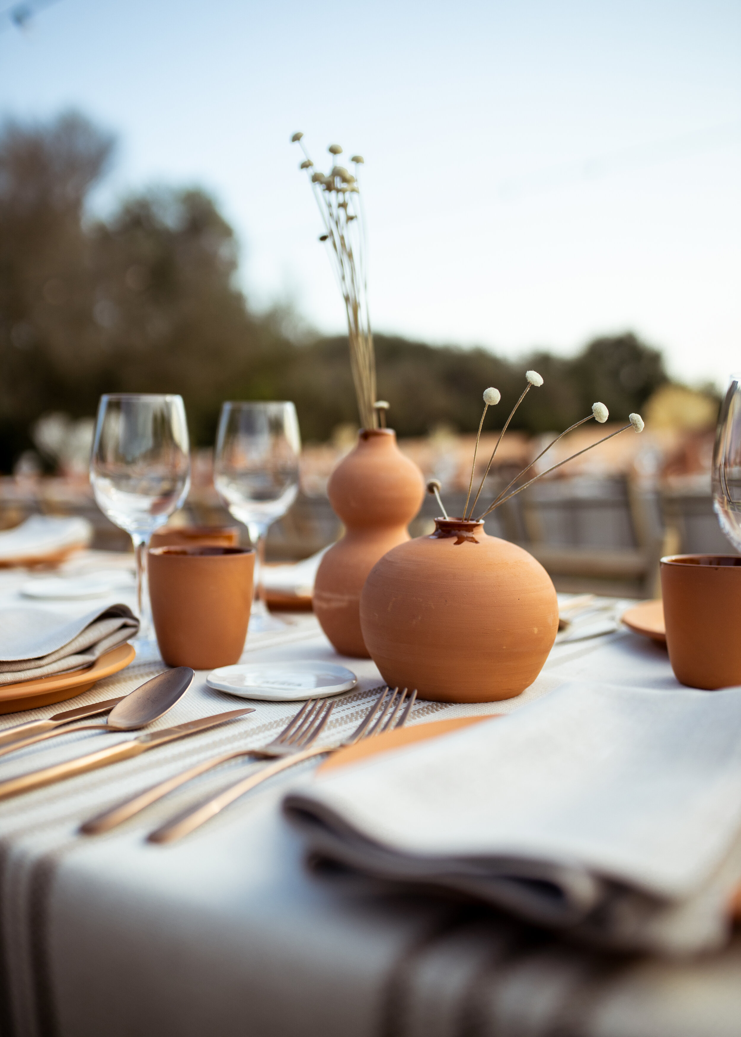 minimal-wedding-local-food.jpg