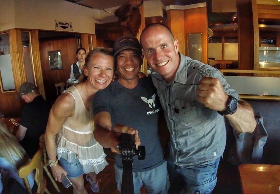Gleder meg til å møte igjen Arnel også - han kommer nok til å lage en kick ass video til dere gjennom OCRTube.com!