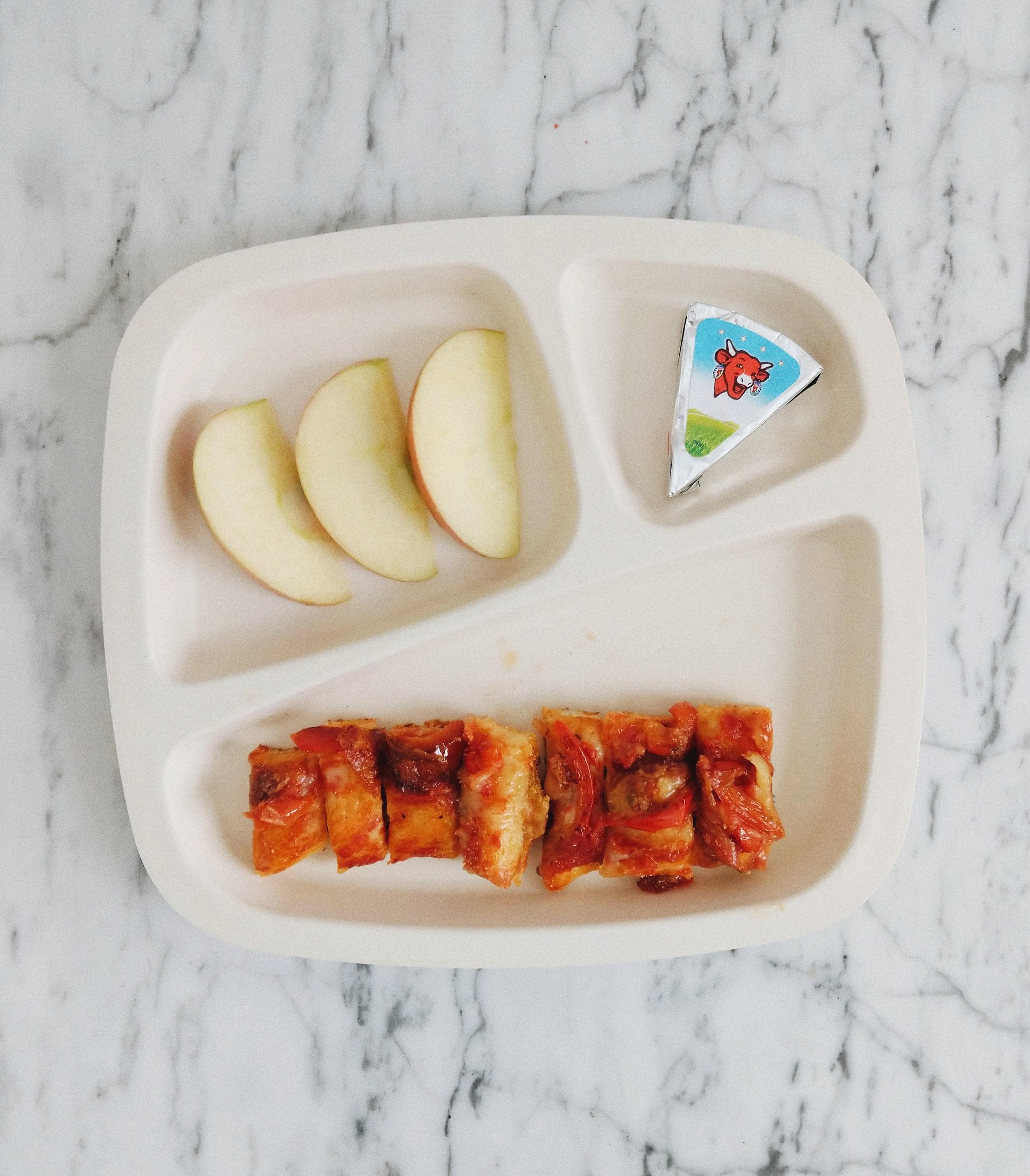 missjesscraven-toddlermeals-pizza.jpg