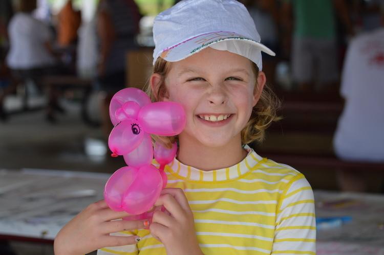 ArtsAlliance-girl&balloon.jpg