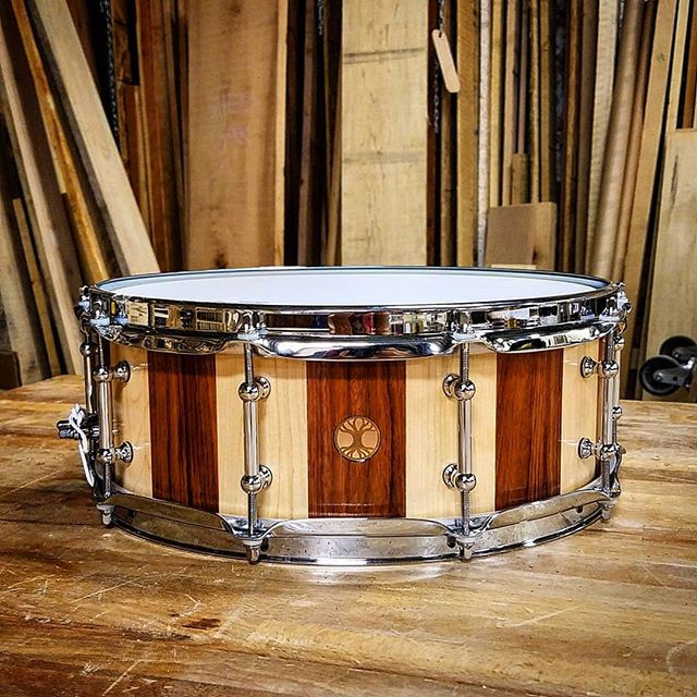 Sending off this beautiful 14x5.5 Maple/Bubinga Stave Snare to Drew Morrison. This is one of our most versatile wood combinations and it's an all around heavy hitter! Wide tuning range but with lots of definition, This snare can do everything!  #phillydrumco #customdrumbuilder #customdrums #snaredrums #drums #drumporn #stavedrums #woodshop #woodworking #hardwork #handmade #trusttheprocess #remo #remodrumheads @remopercussion @inde_drum