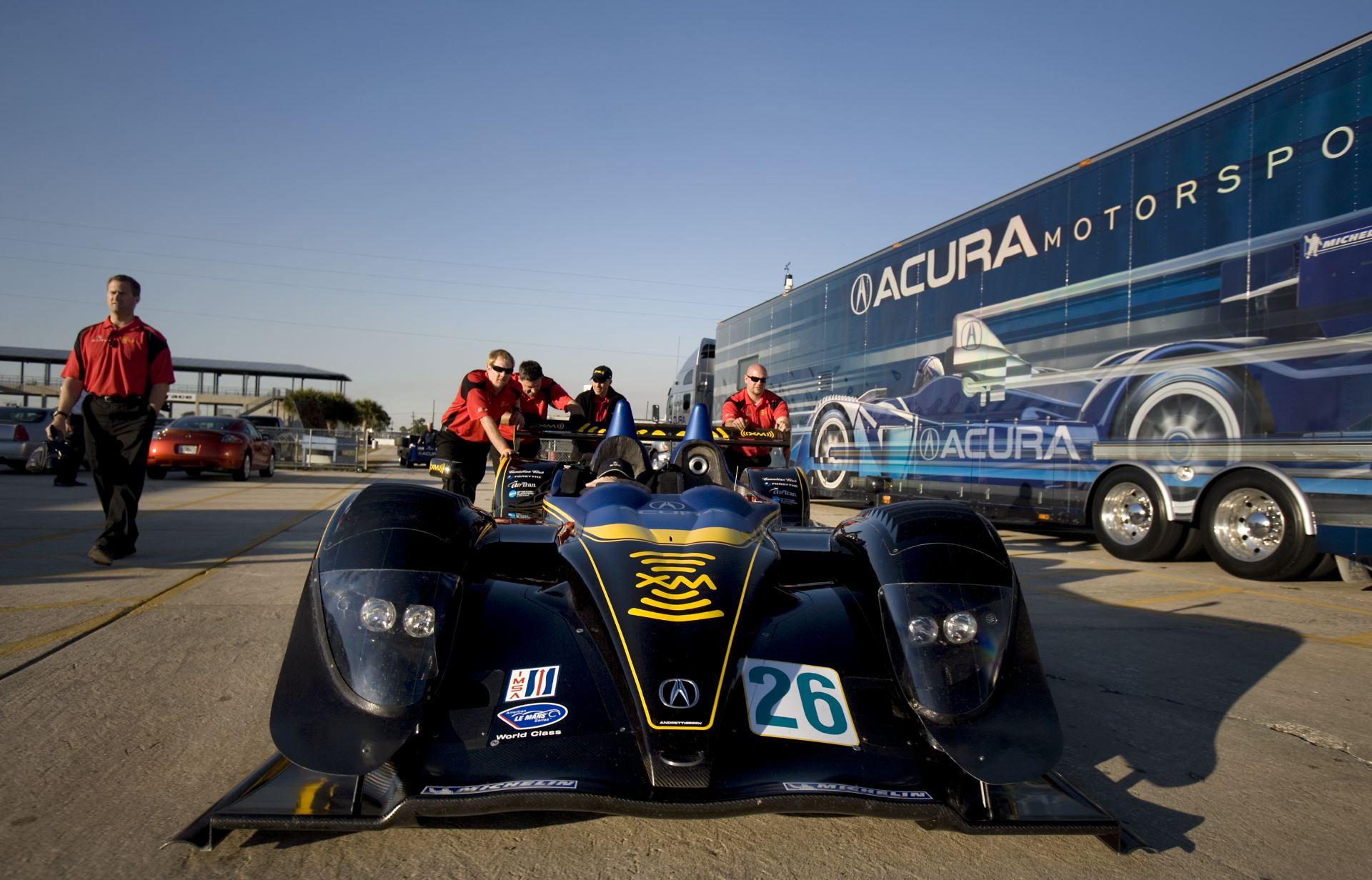 Acura_Motorsports_02.JPG