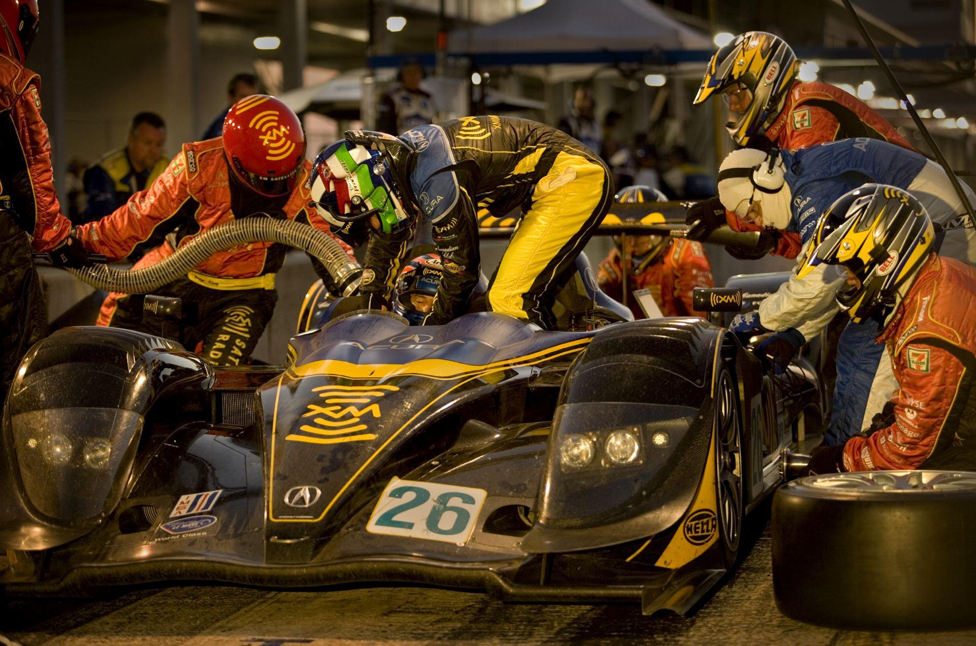 Acura_Motorsports_08.JPG