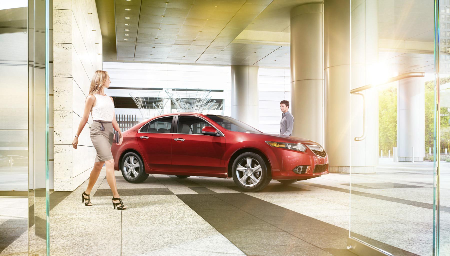 Acura_2011_TLX_Lobby.jpg