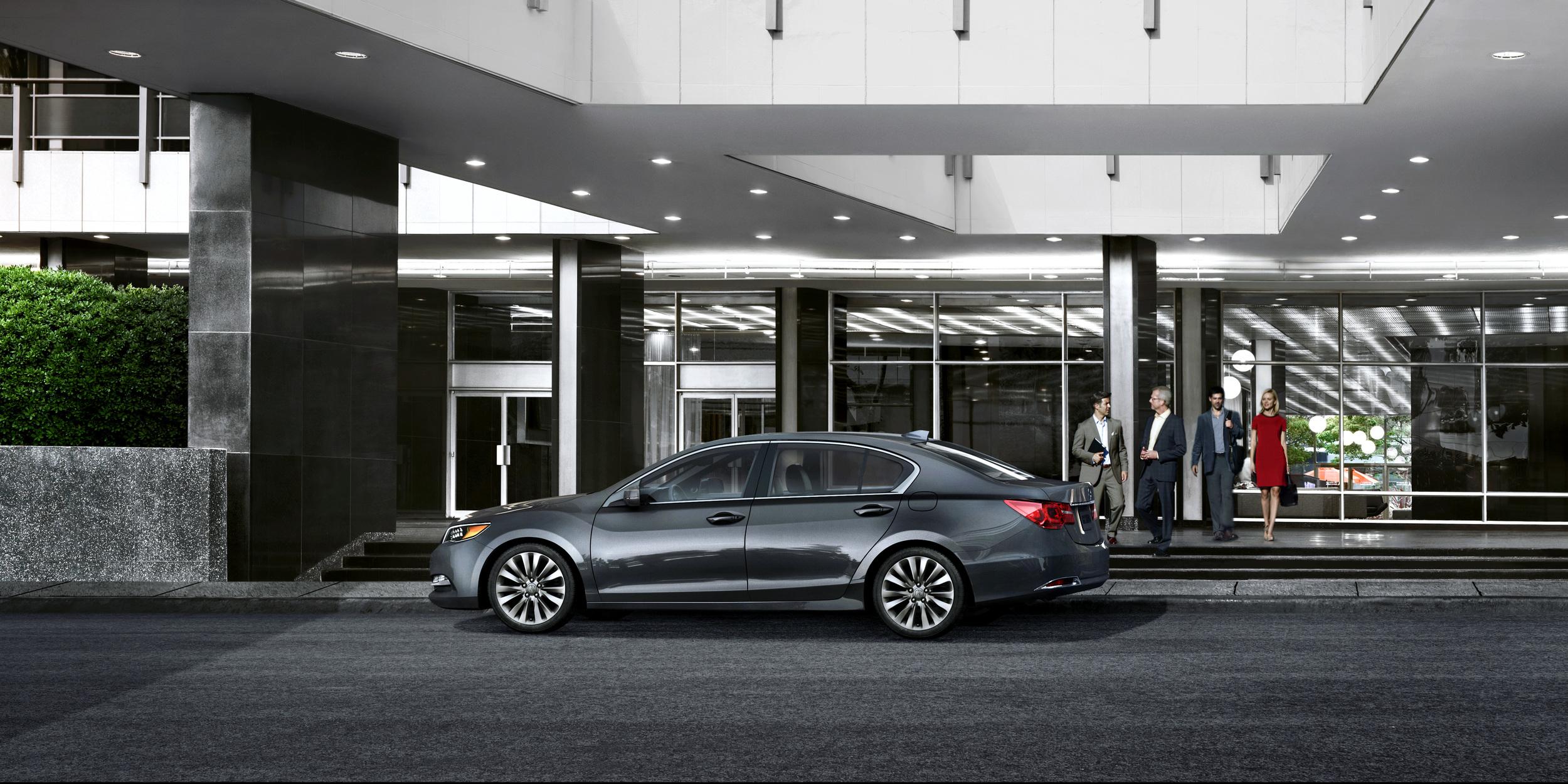Acura_2014_RLX_Office_Entry.jpg