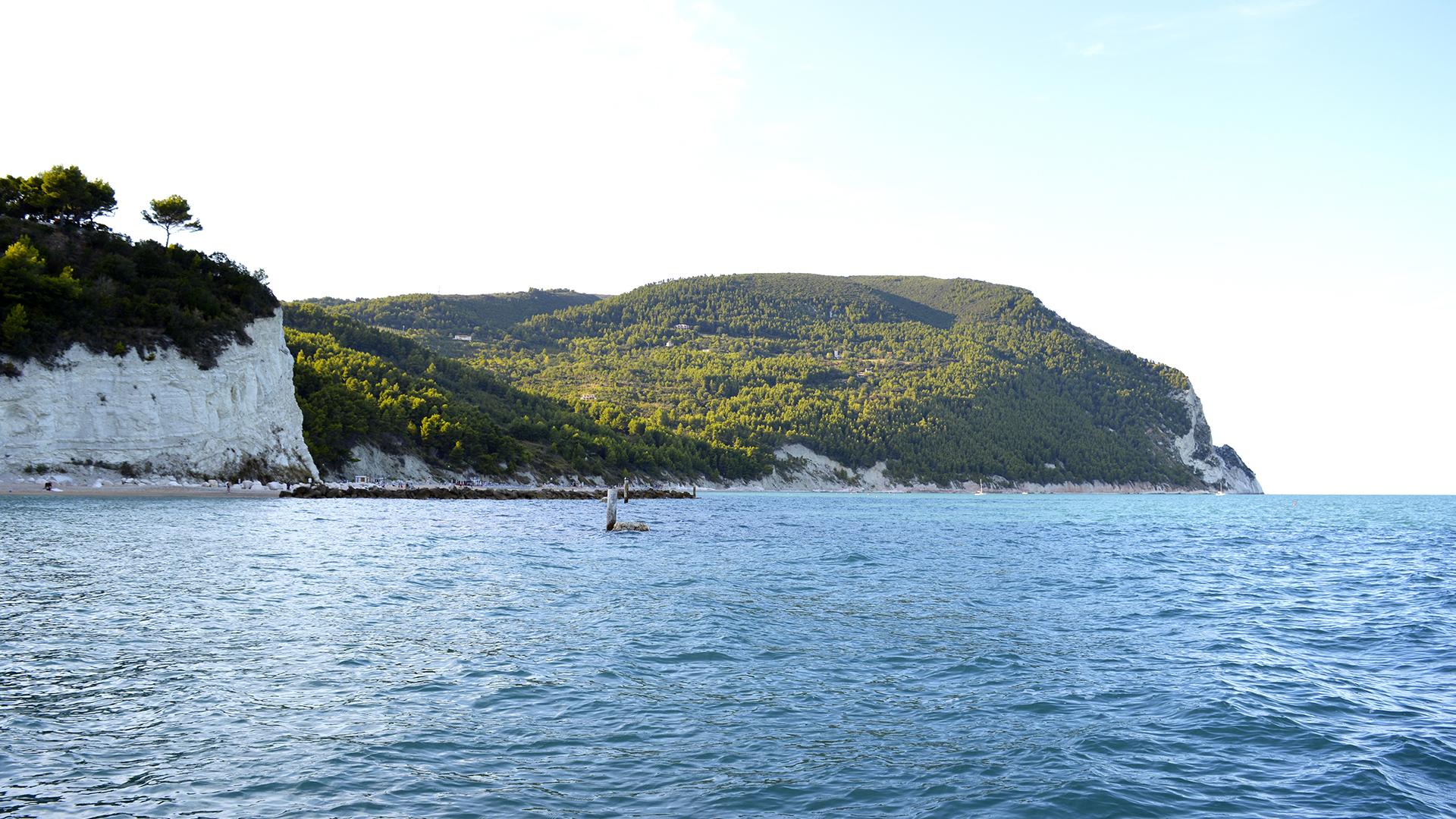 Urbani beach, Sirolo