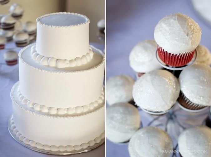 all-white-simple-plain-wedding-cake-photo.jpg