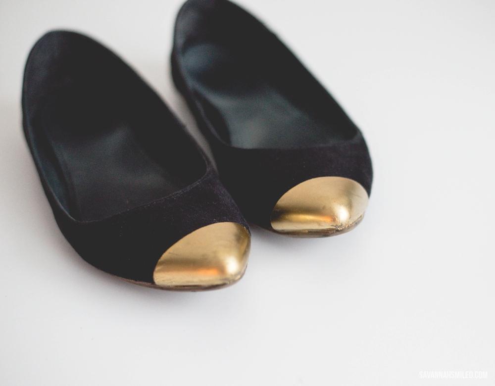repair-gold-shoes-spray-paint-16.jpg