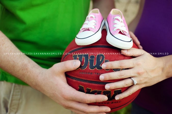 basketball-maternity-photo-shoot-photo.jpg