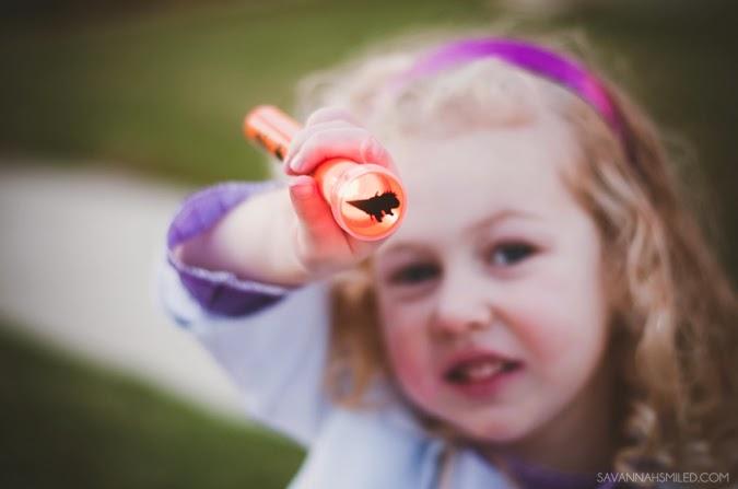 halloween-flashlight-photo.jpg
