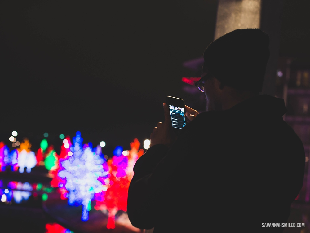 addison-vitruvian-park-dallas-christmas-lights-4.jpg