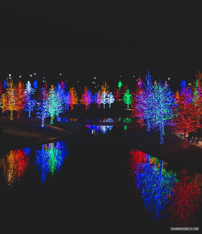 addison-vitruvian-park-dallas-christmas-lights-3.jpg