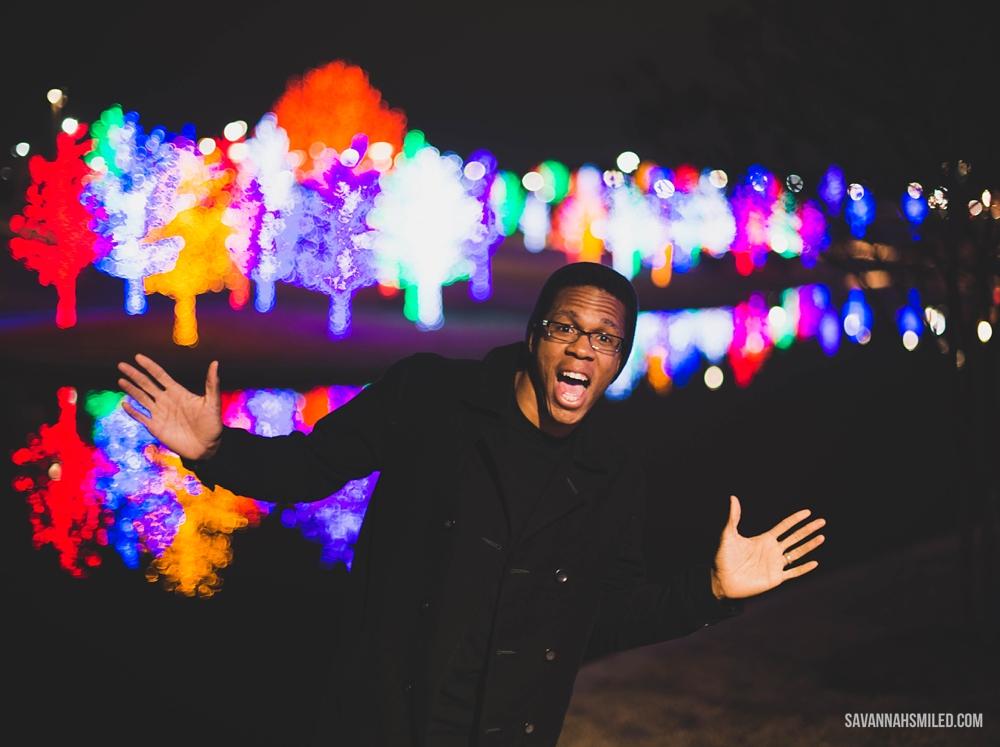 addison-vitruvian-park-dallas-christmas-lights-12.jpg