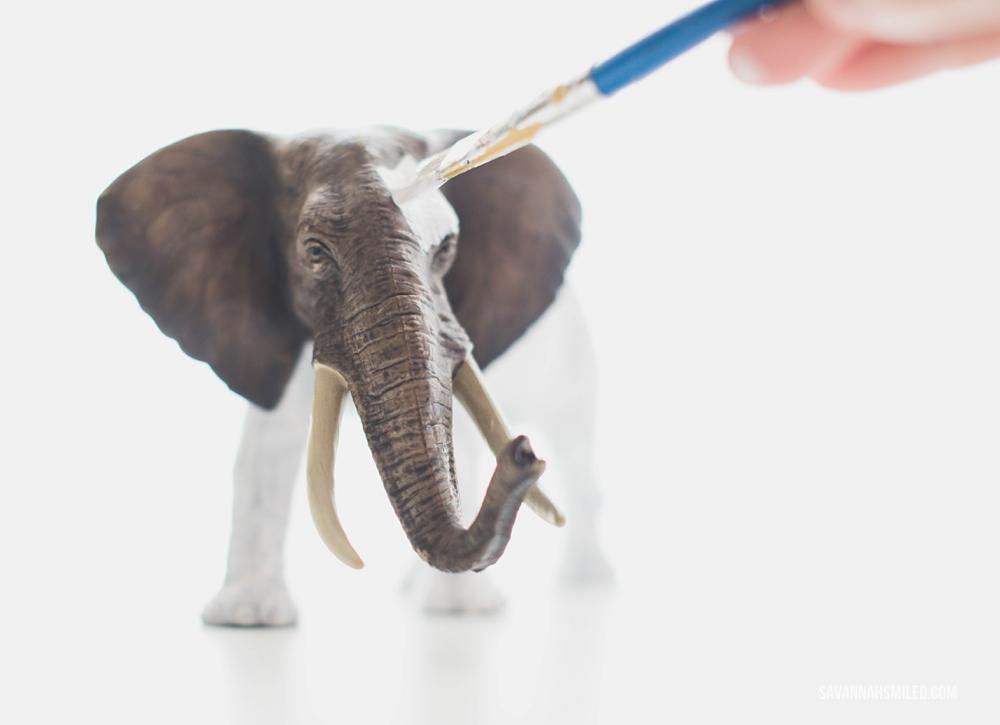 white-elephant-christmas-gift-22.jpg