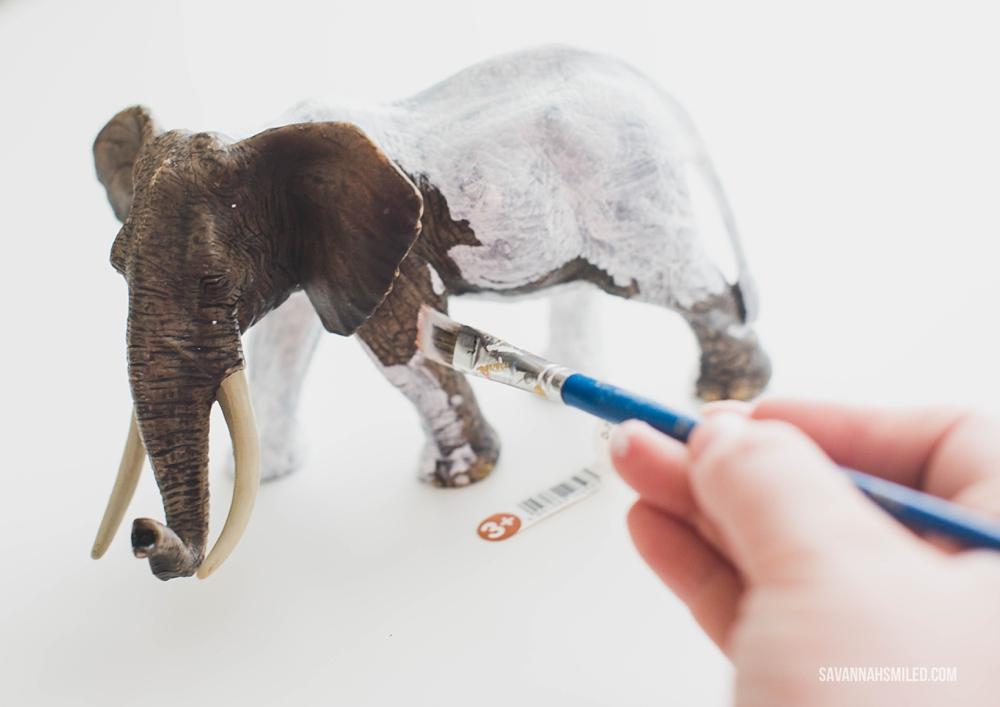 white-elephant-christmas-gift-21.jpg
