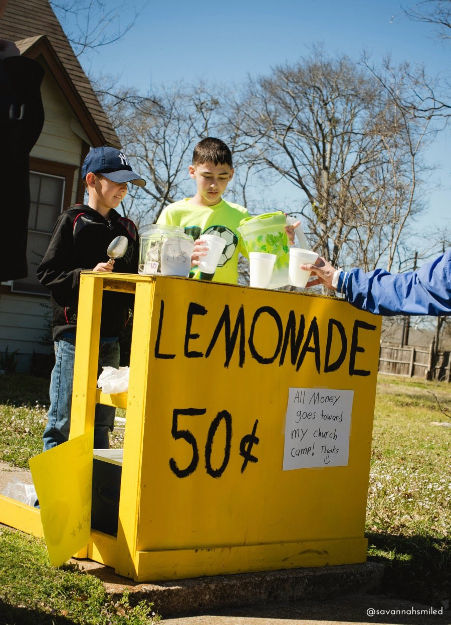 sulphur-springs-lemonade-stand-photo.jpg
