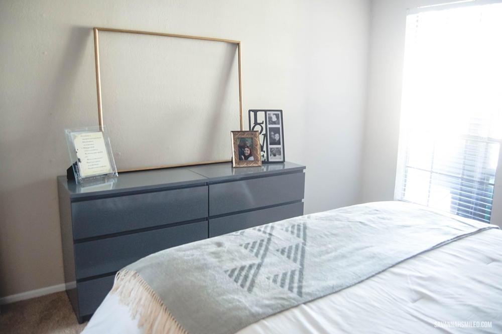 before-and-after-simple-bedroom-makeover-6.jpg