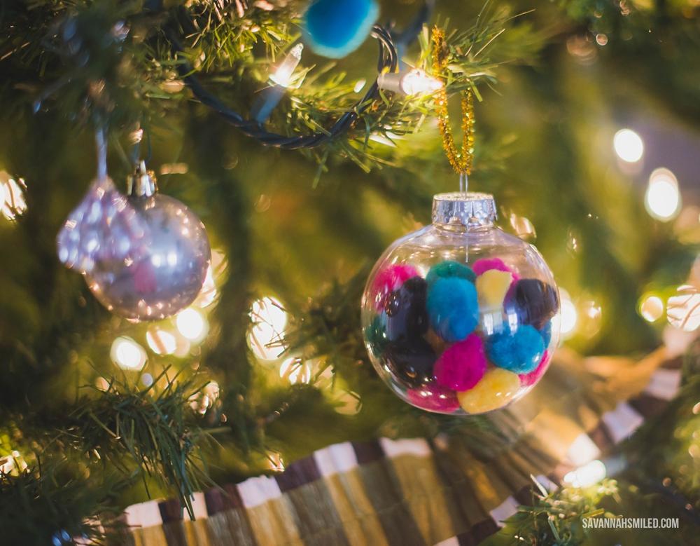 fuzzy-balls-christmas-ornament-craft-6.jpg