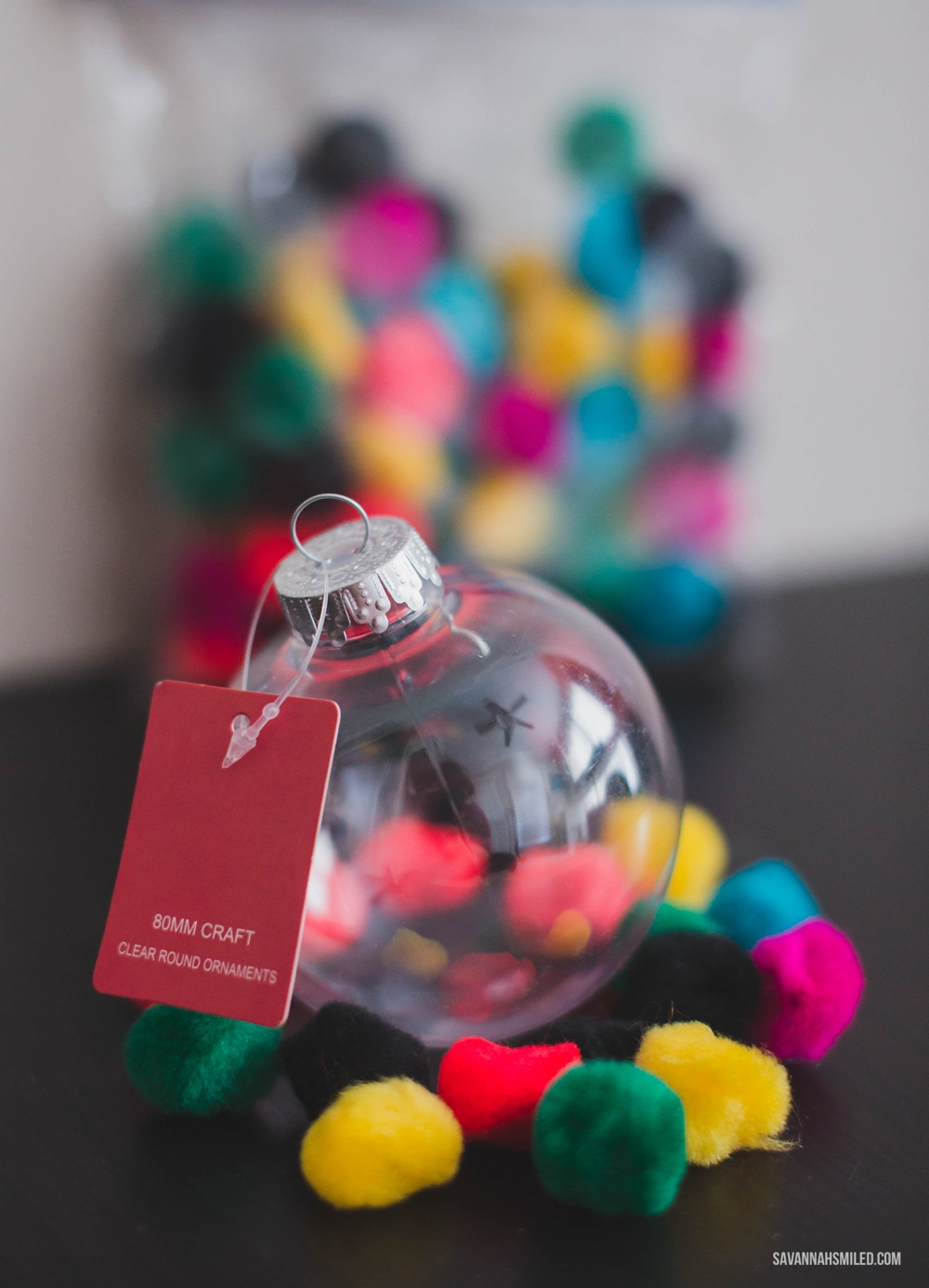 pom-pom-christmas-ornament-craft-1.jpg