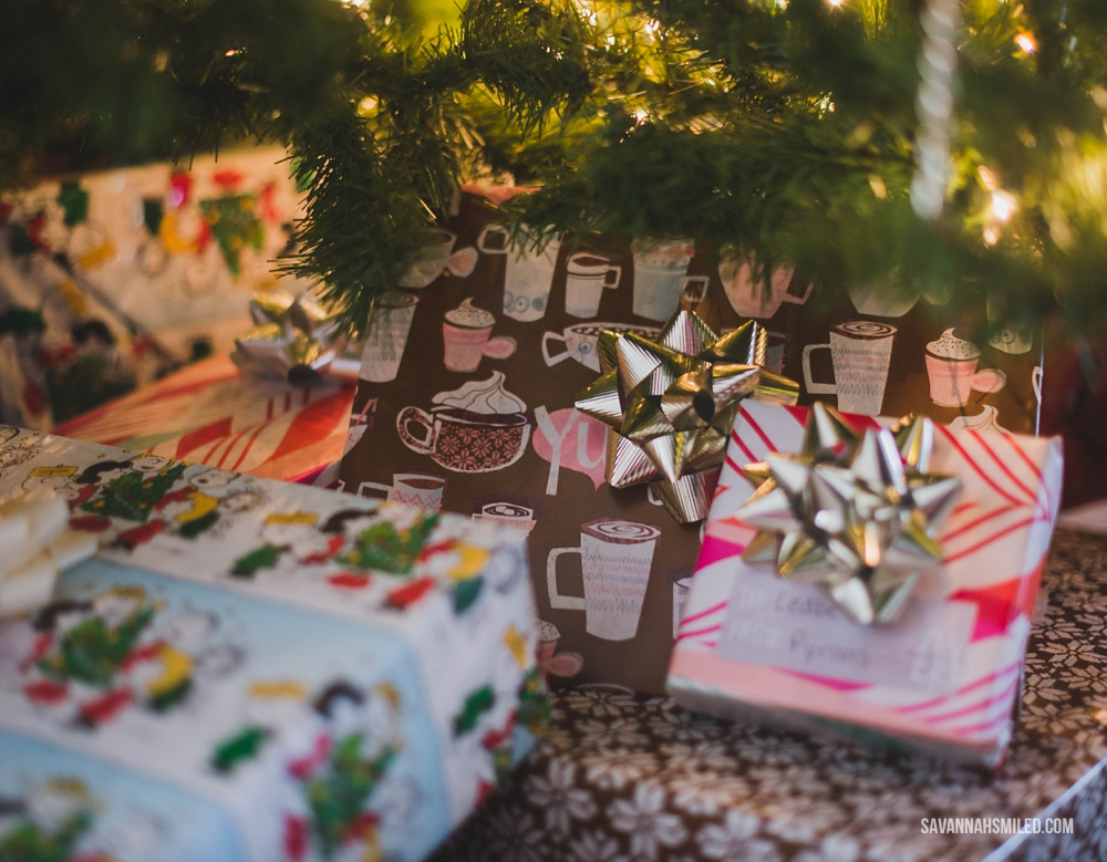 mix-up-christmas-gift-wrap-colors-under-tree-1.jpg