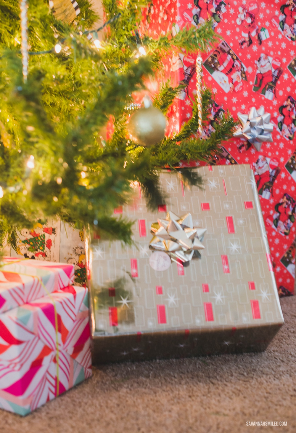 mix-up-christmas-gift-wrap-colors-under-tree-5.jpg