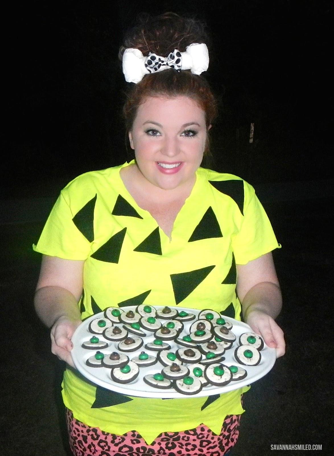 halloween-oreo-eyeballs-recipe-party-snack.jpg