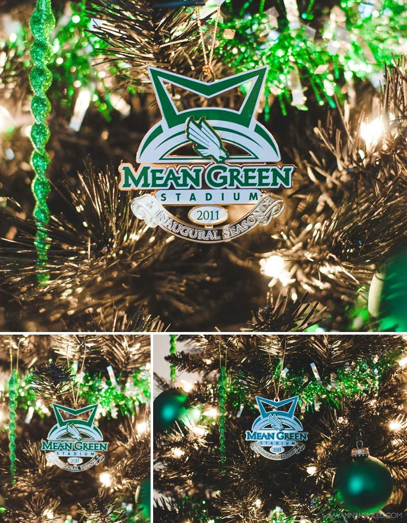 unt-alumni-mean-green-christmas-ornament-scholarship-tradition-photo.jpg