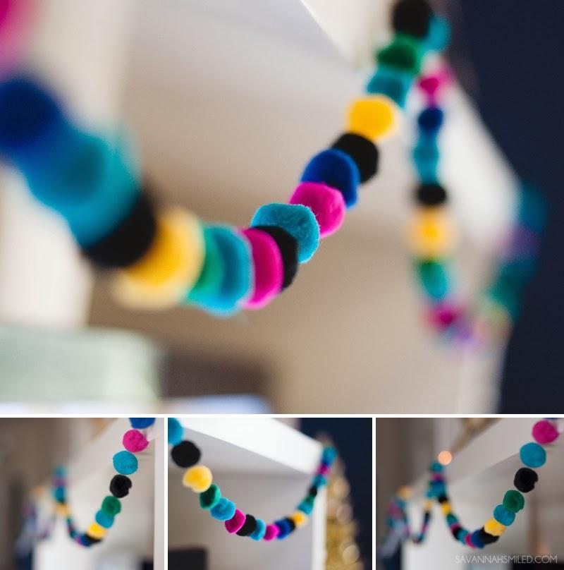 modern-dots-stripes-christmas-decorations-3.jpg