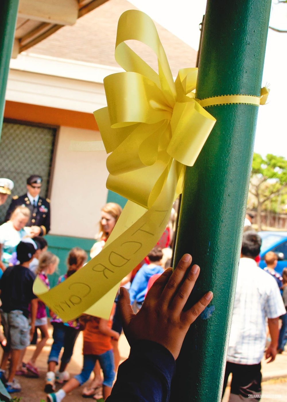 yellow-ribbon-day-elementary-school-hawaii-17.jpg