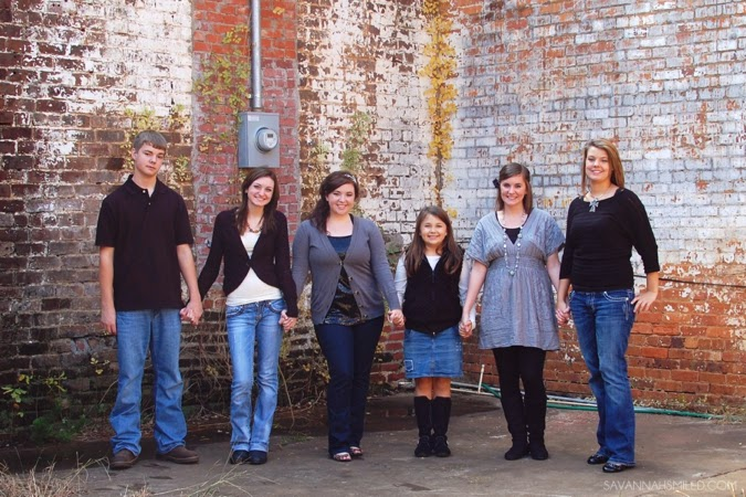 boyd-thanksgiving-family-photo-shoot-photo.jpg