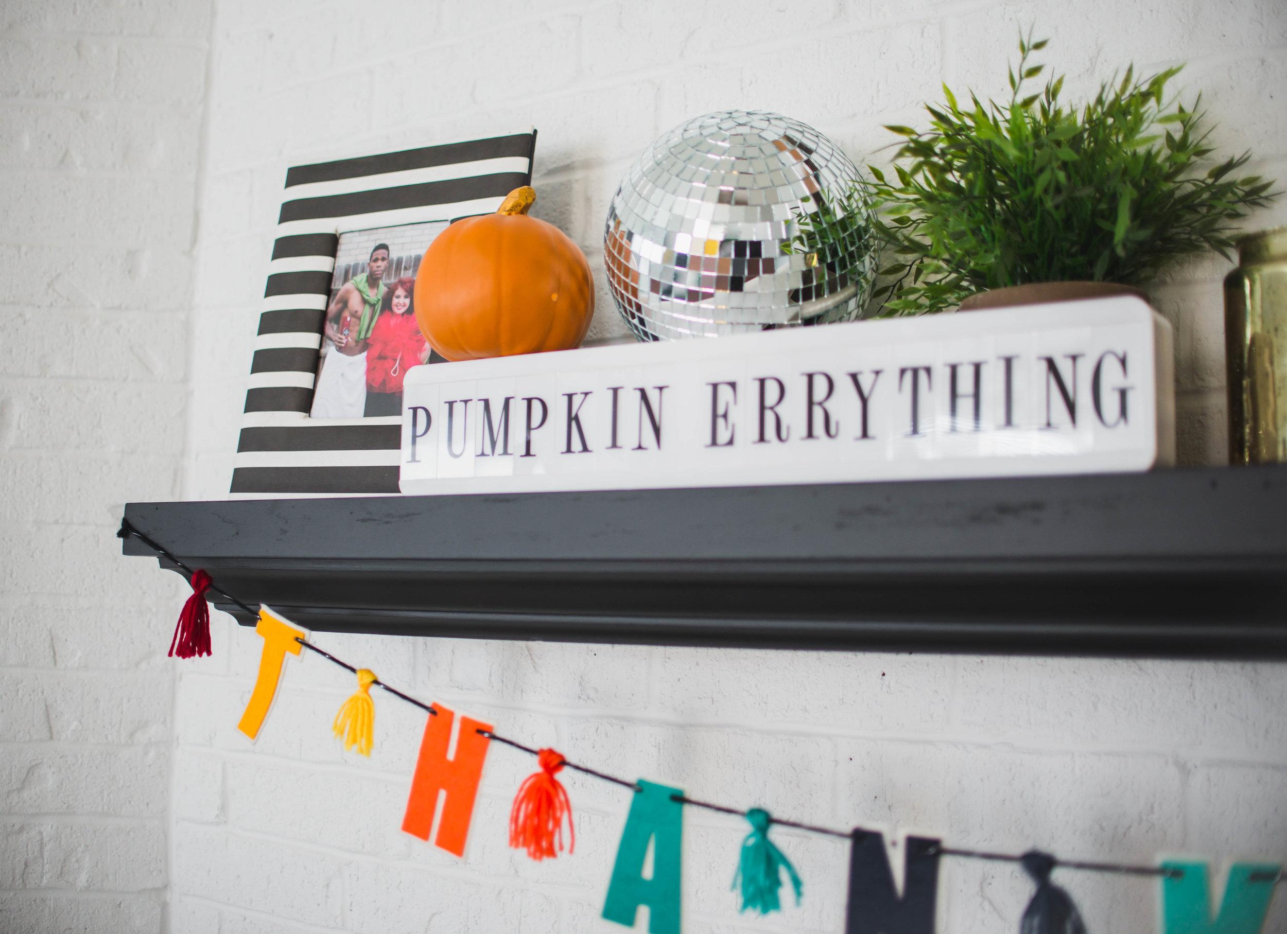 fall-halloween-decorations-6.jpg