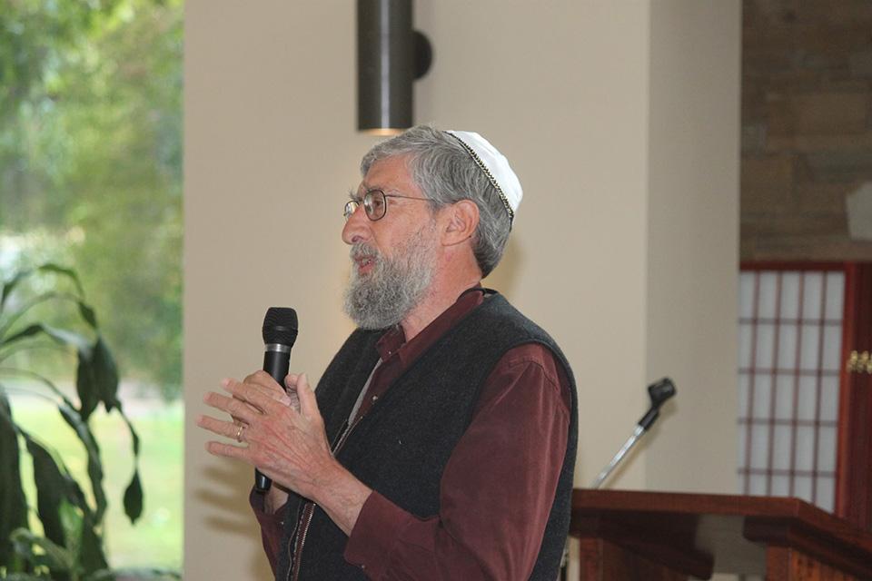 Joel_Neuberg__Temple_Shalom_Family_Forum.jpg