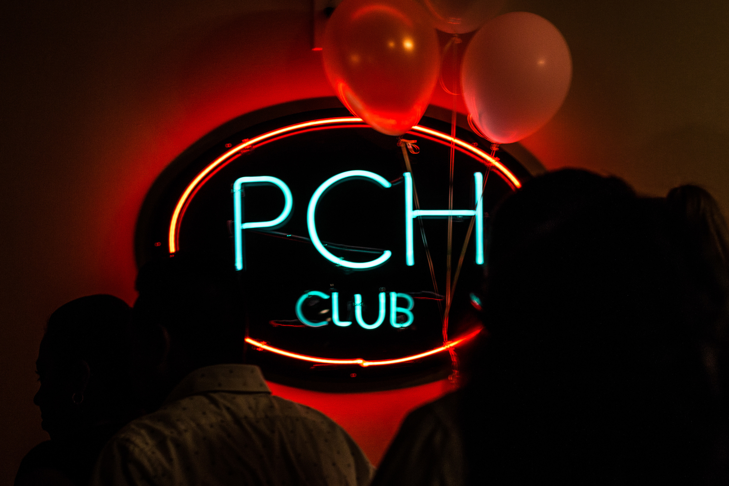 PCH CLUB in Long Beach, CA celebrates its 10 year anniversary of weekly salsa nights. This night, there are two rooms for dancing, differentiated by dance style: rapid and fun salsa, or sensual and slow bachata.