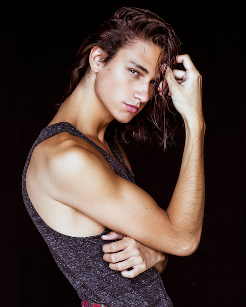Taylor R - BMG Model & Talent