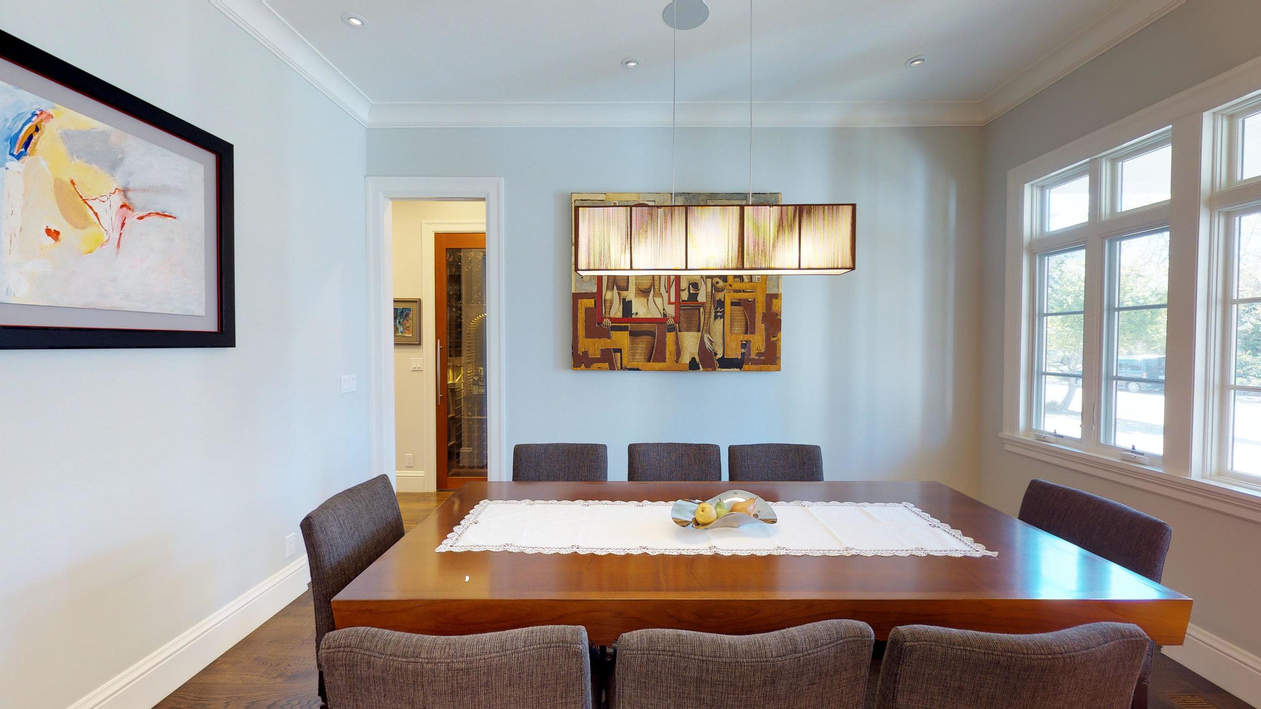 7 - Dining Room.jpg
