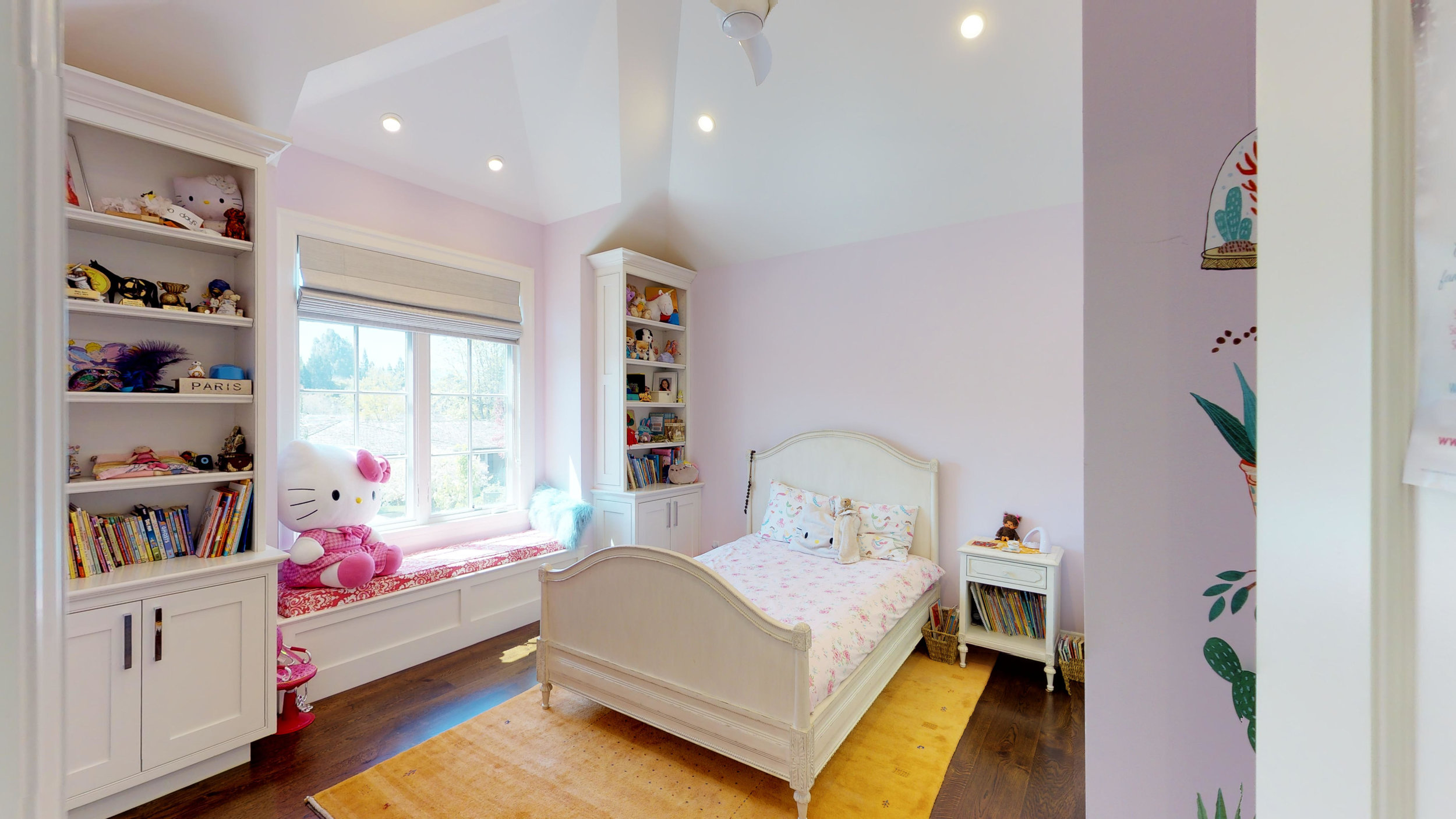19 - Children's Bedroom 1.jpg