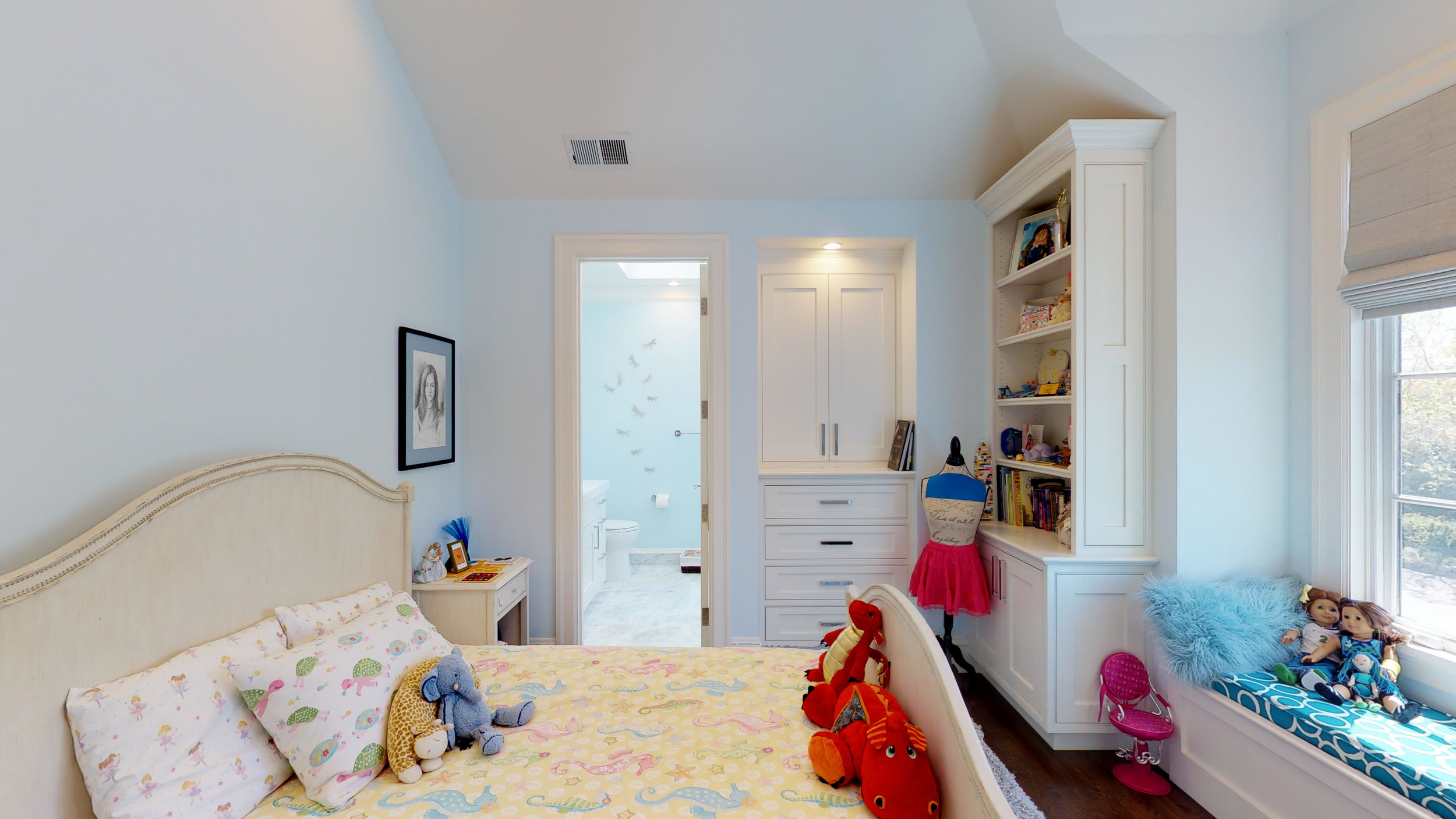 20 - Children's Bedroom 2.jpg
