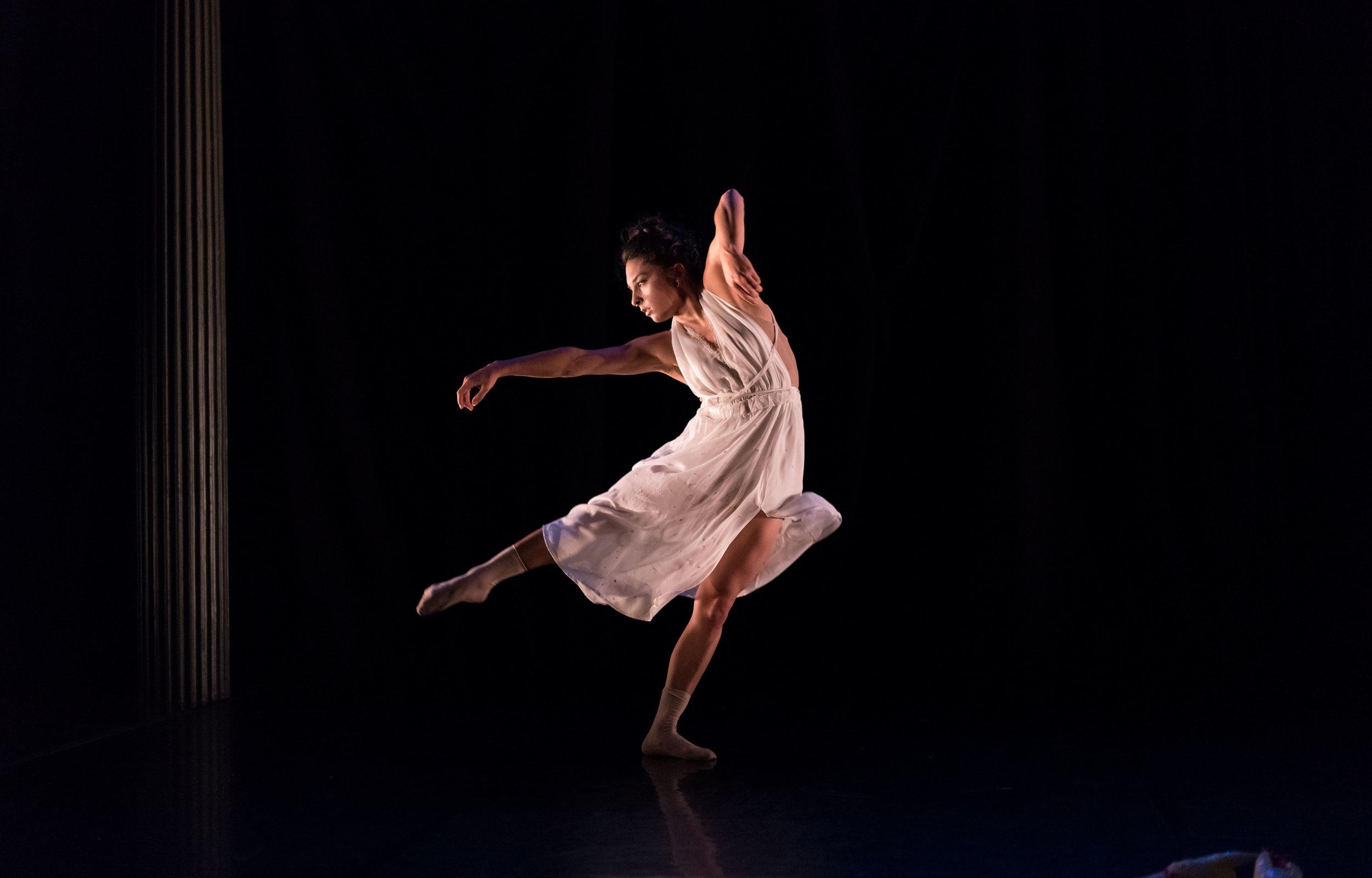 Minika-Ko-Contemporary-Dance-Wear