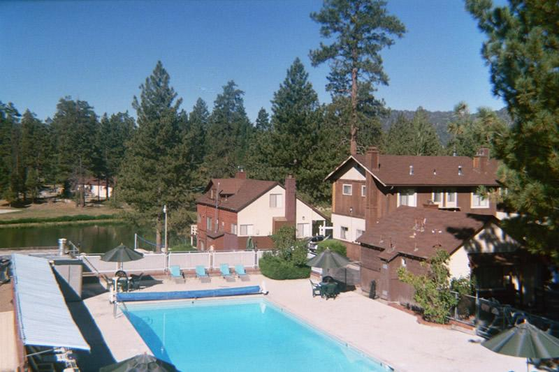 pool_area-Big_Bear_Lake-California-75dc9ddec08344bfac2bd398aec11259.jpg