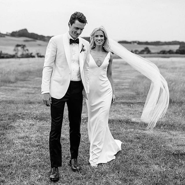 Anna + Alex // What a dream. Totally spoilt with these two gems. Last Friday in my home town, with a bunch of incredible suppliers and a dance floor so good they ended up on tables. Just yes.  Photography @cassandraladru | Makeup @sarahcatherinetripp | Hair @amyalexa | Dress @madewithlovebridal