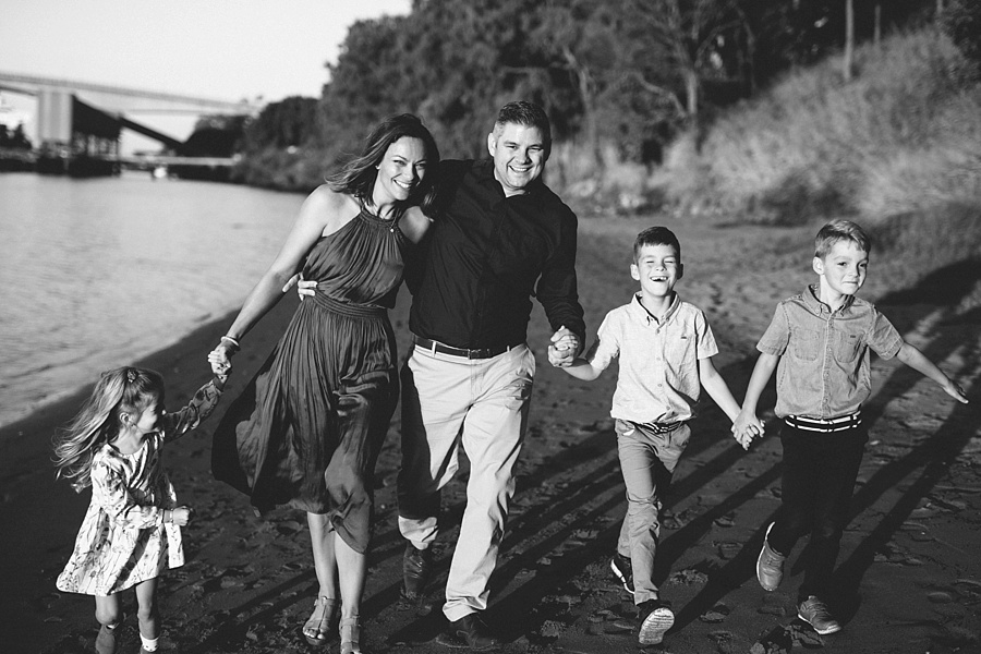 happy-family-photography-brisbane.jpg