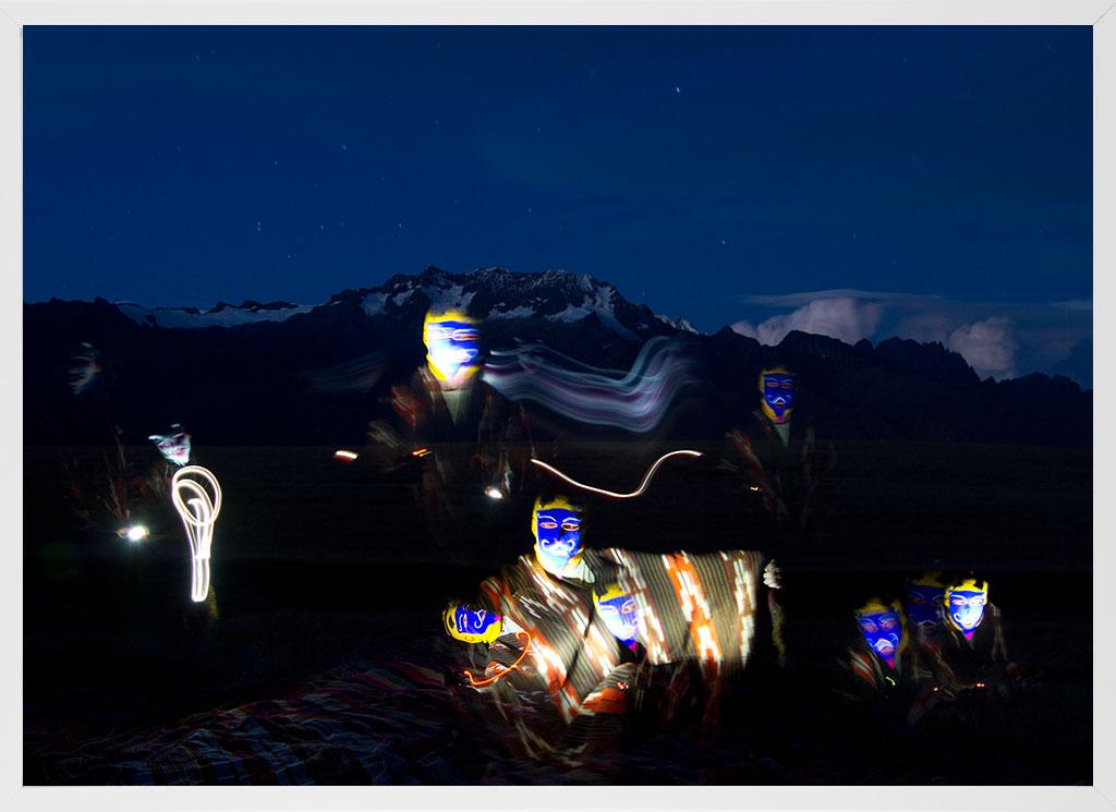 ceremonie_shamanism_masks_night