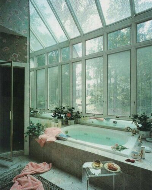 i rly believe in 2 baths a day minimum