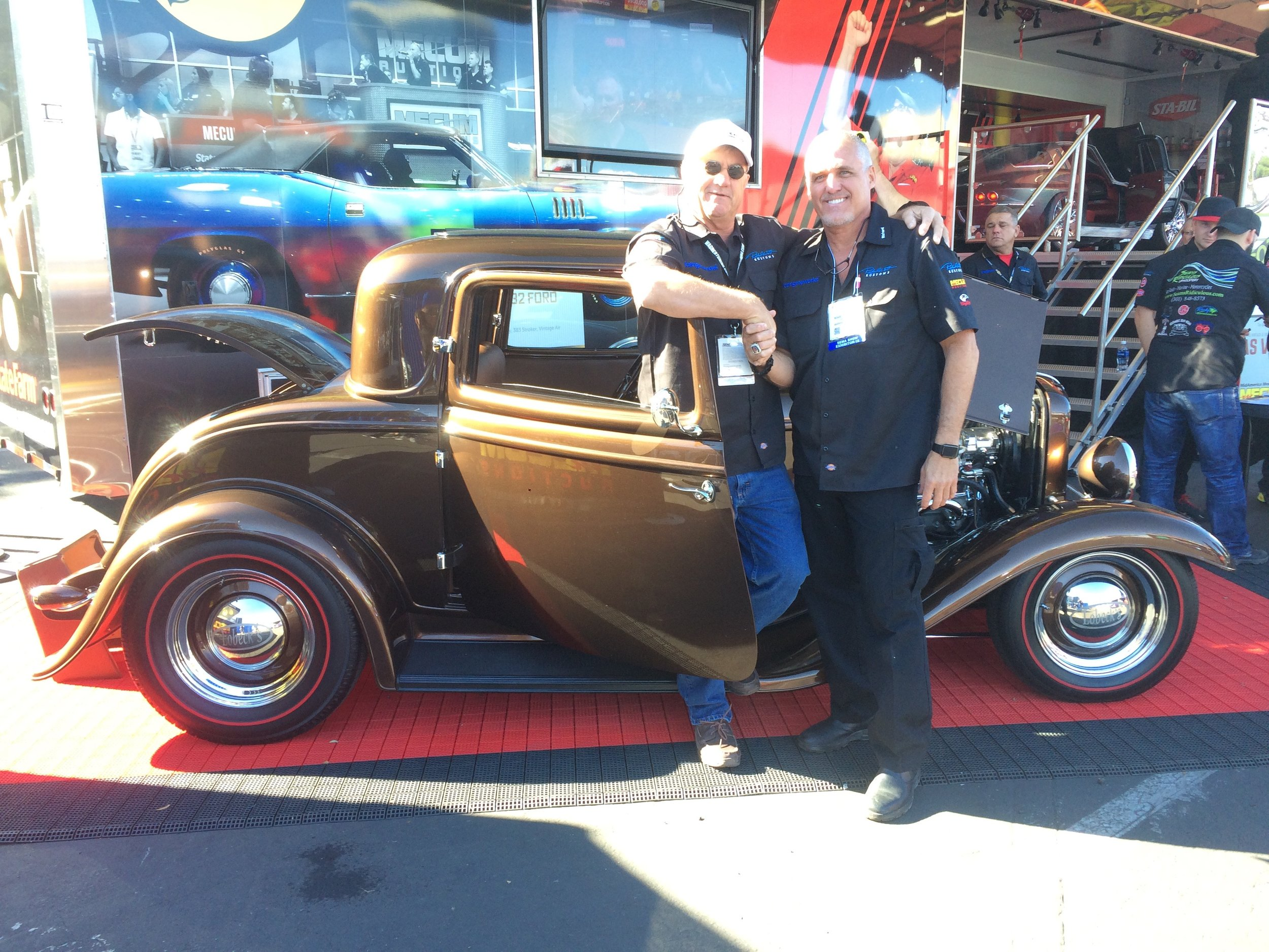 bruce harrison and richard wood at sema 2016 with the last lobeck