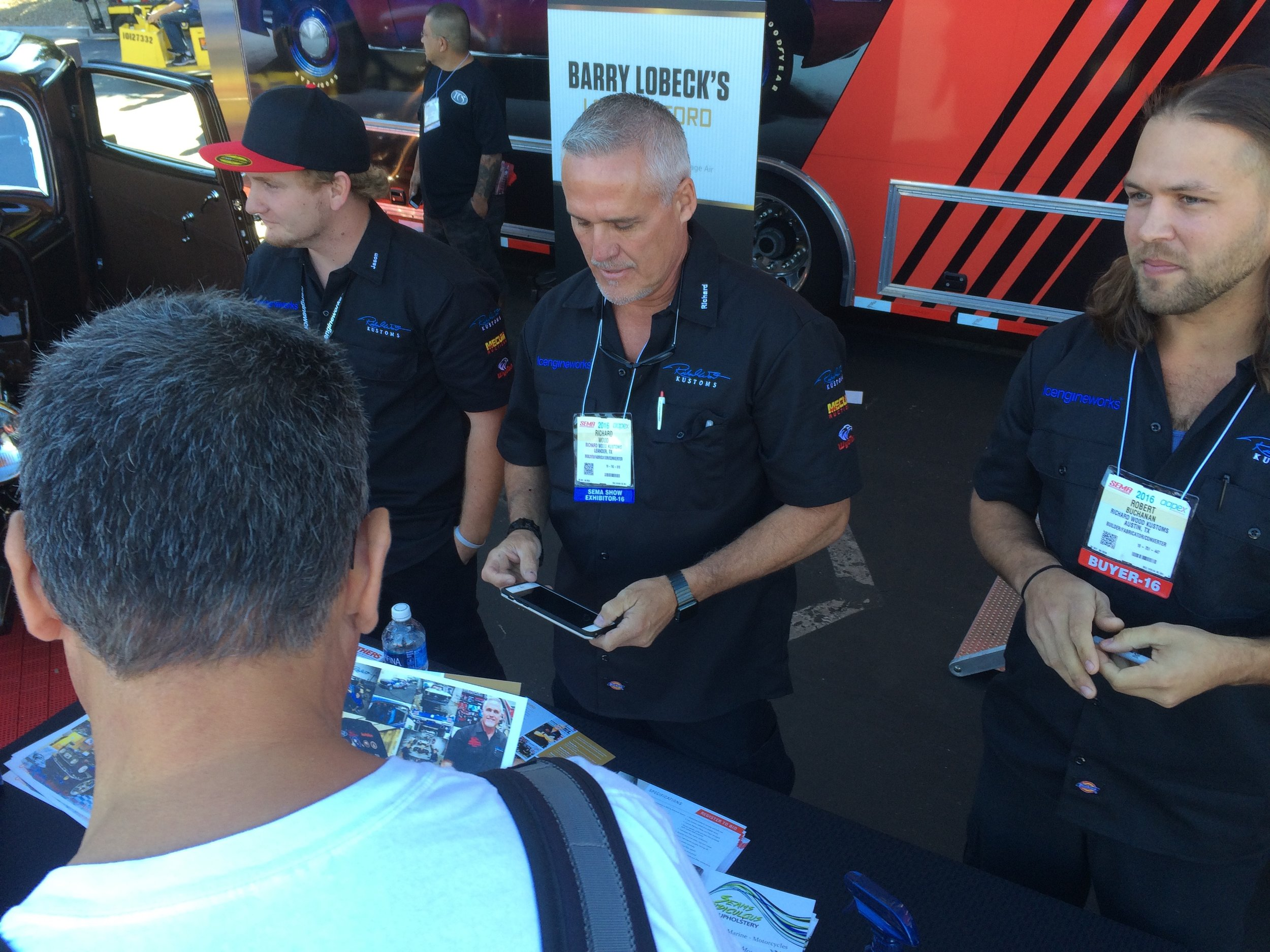 Richard WOod (Center) with lead builder robert buchanan (right) and his team member jason stults (left) at SEMA 2016