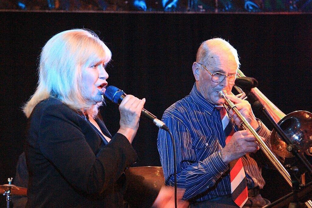 Suzanne Lynch, Merv Thomas_7-11-17
