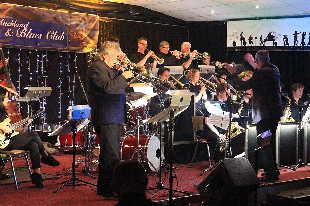 Rodger Fox, Queen City Big Band_25-7-17