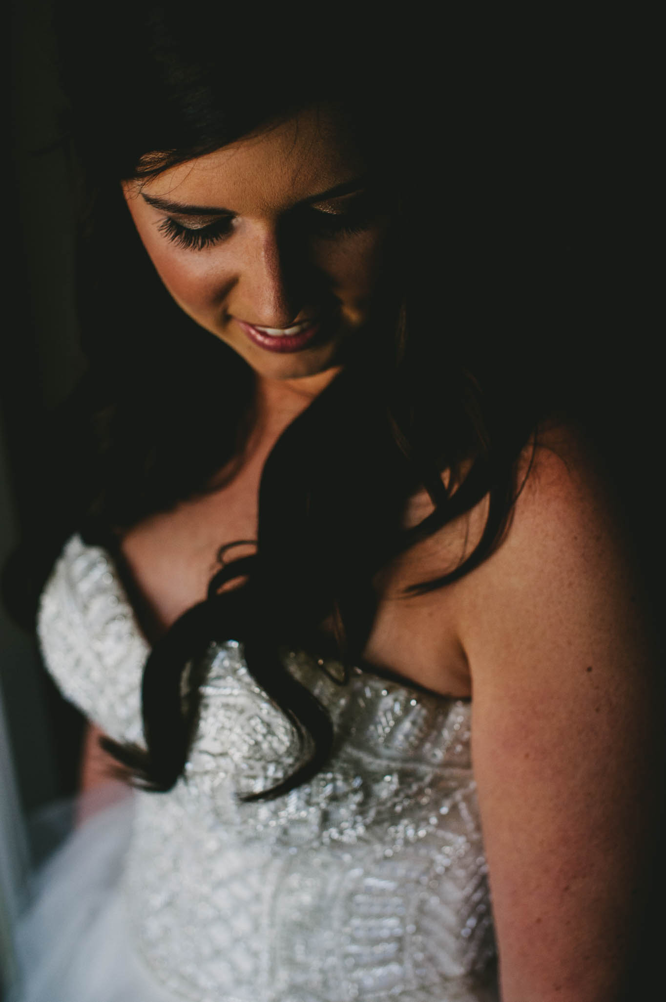 gorgeous-bridal-photo-21c-hotel-durham.jpg