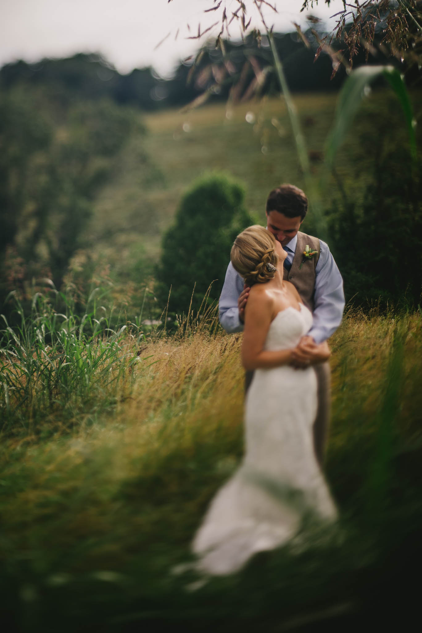 claxton-farm-asheville-wedding-photo.jpg