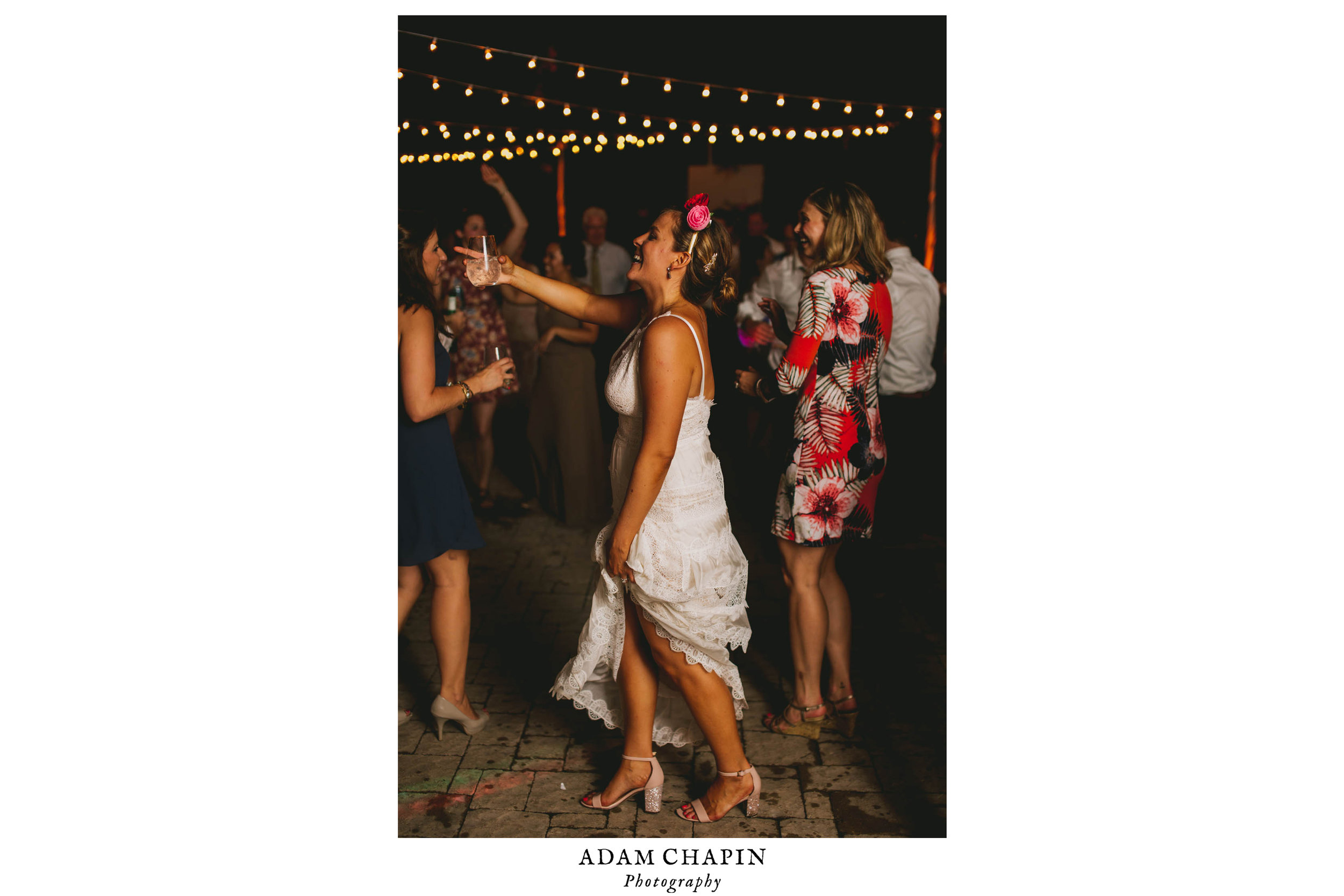 mims-house-wedding-bride-dancing.jpg